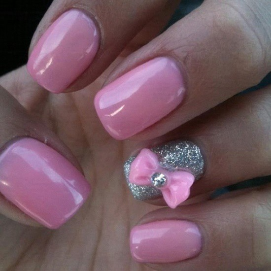10 cutest bow nail designs that are pleasingly pretty bow on glitter nail design your favorite prinsesfo Images