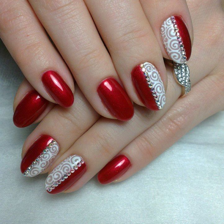 20 nail designs with rhinestones to spice up your beauty nail designs with rhinestones 16 prinsesfo Images