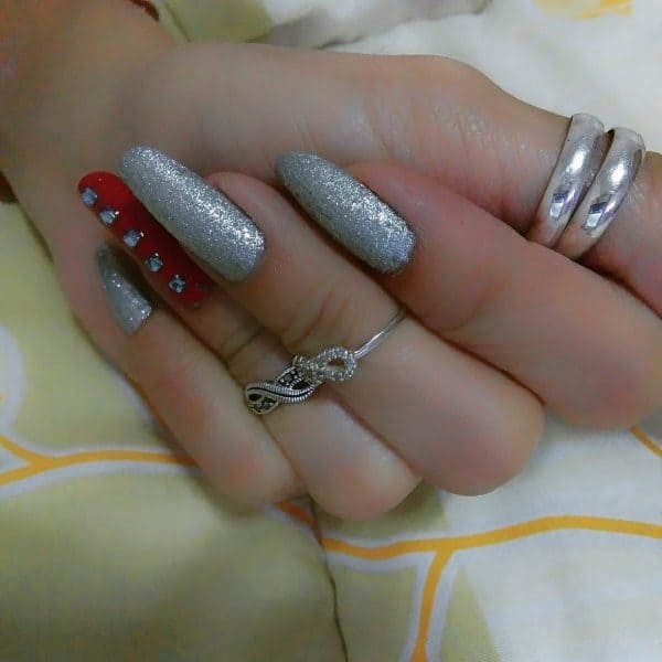 Red Carpet silver nail designs for women