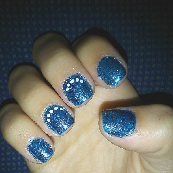 Royal Blue silver nail idea you like
