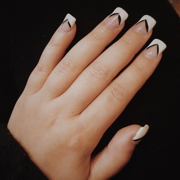 simple White Tipped & Black Lined nail