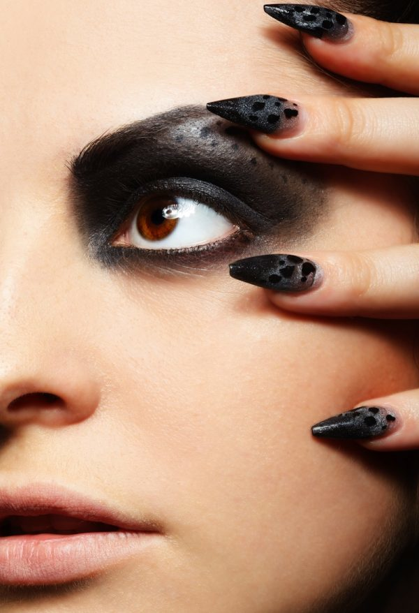 black Stiletto nail ideas for women