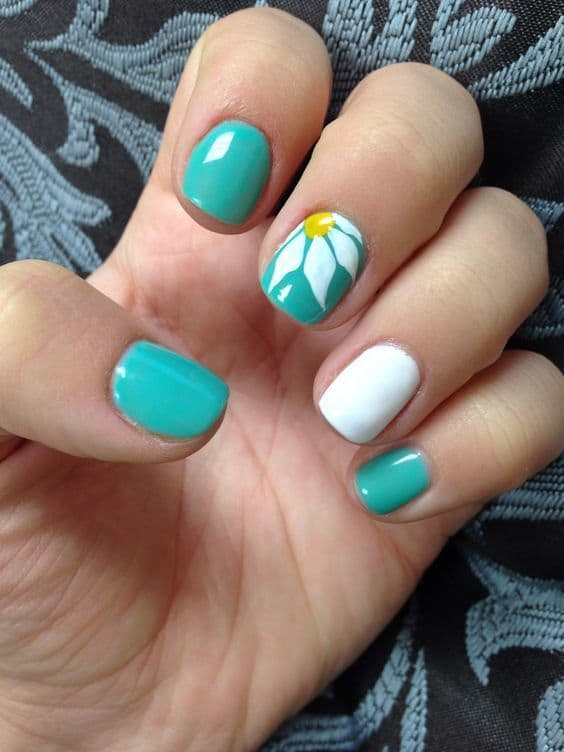 Cute Flower Teal Nails - 15 Teal Nail Designs You'll Fall In Love With – NailDesignCode