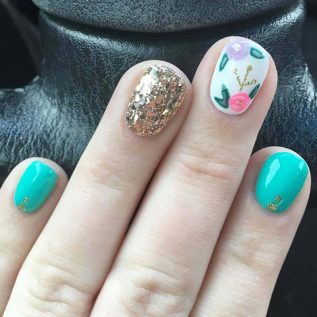 your favorite teal nail design