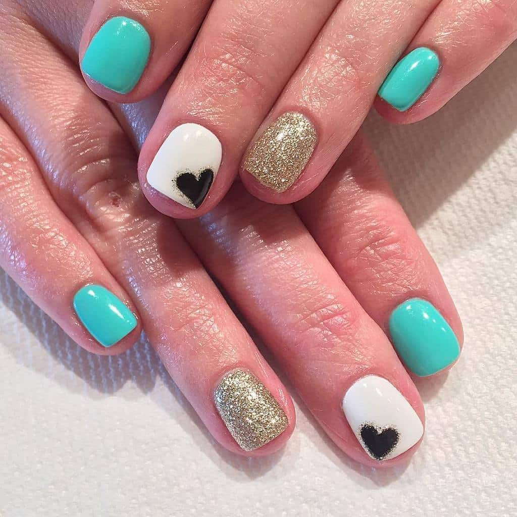 cool Heart teal nail designs