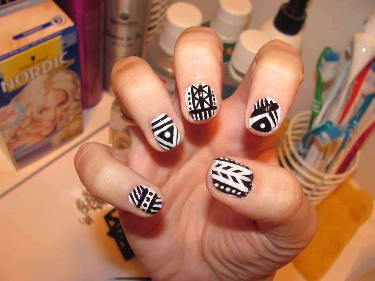 Black & White Tribal Nail Design