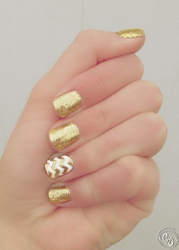 white and gold nail designs 12