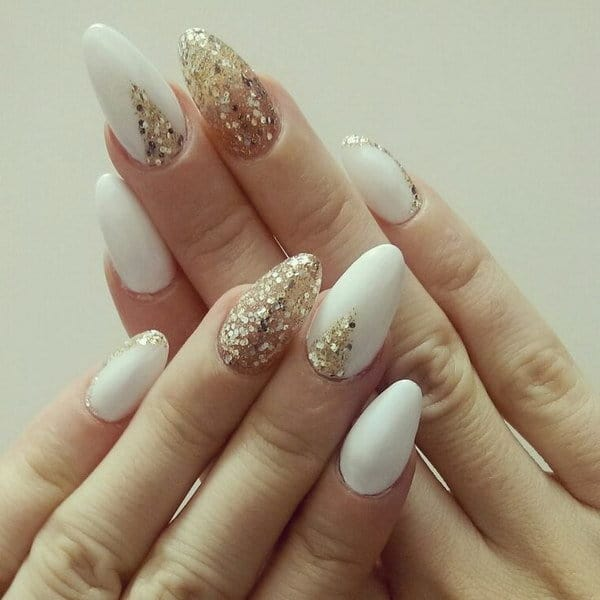 White Nail With A Dash Of Gold nail art