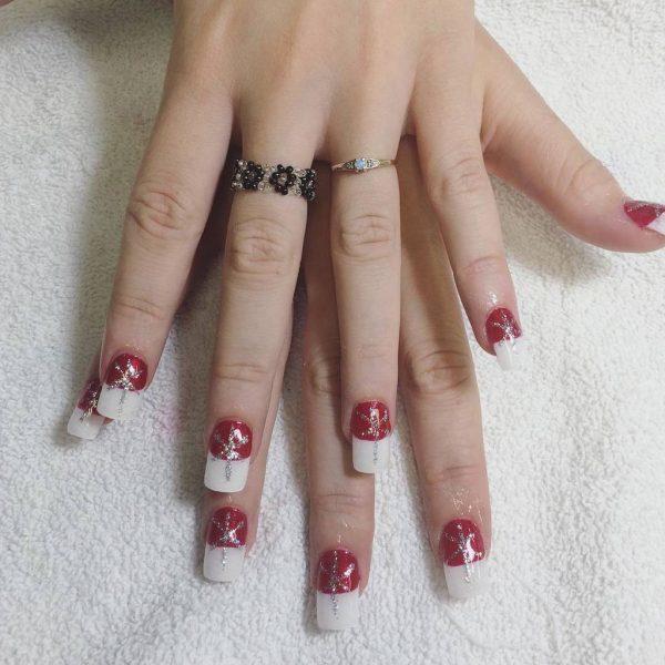 girl white tip nail idea