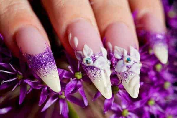 35 Startling Nail Designs With Diamonds