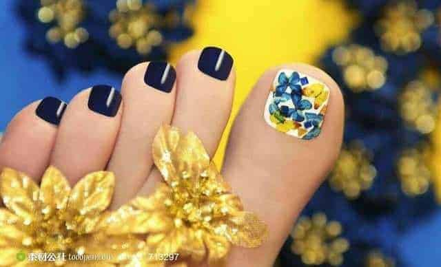 50+ Dazzling Turquoise & Butterfly Nail Designs