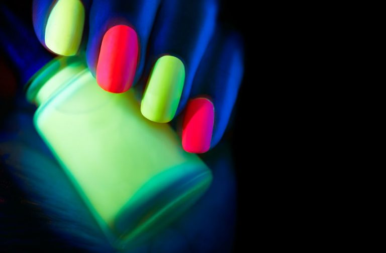 10 Captivating Neon Nail Designs – Beautify Your Nails