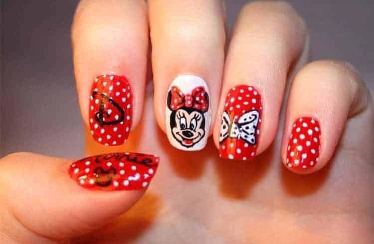 10 Best Polka Dot & Minnie Mouse Nail Designs