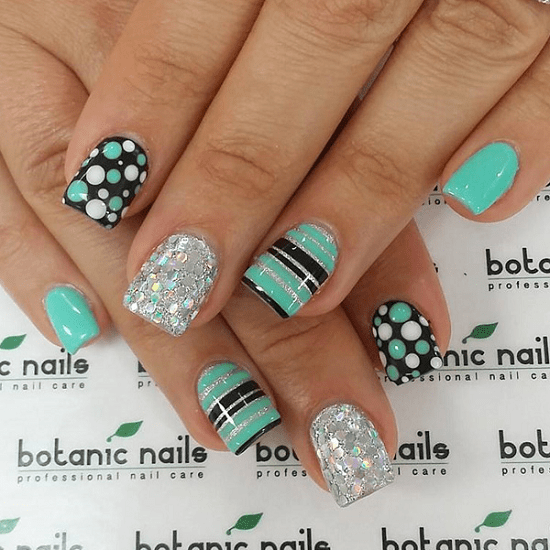 25 Fun Flattering Green Nail Design Ideas