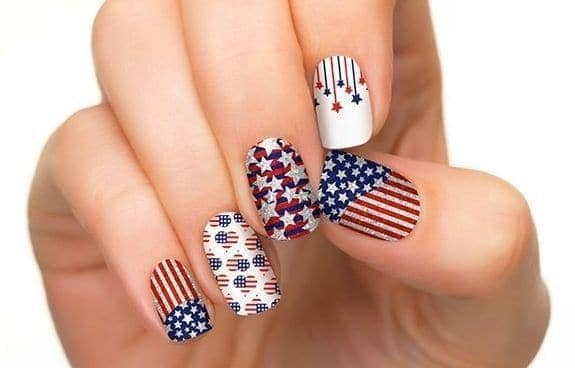 10 Stylish Patriotic Nail Designs to Celebrate