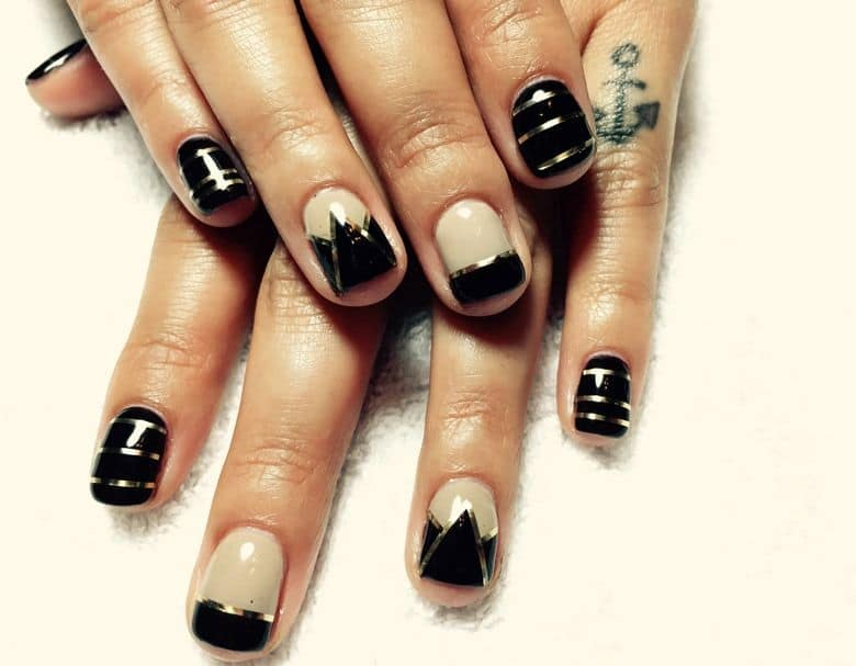 20 alluring gel nail designs for every girl naildesigncode you teenagers sometimes like to look dangerous in many parties such as on the halloween night party but have you ever knew that your nail design is the one prinsesfo Gallery