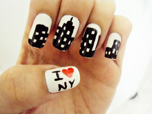 20 alluring gel nail designs for every girl naildesigncode skyscrapers mostly represent new york streets so if you adore this country and you are dreaming of visiting it express your love by wearing this gel nail prinsesfo Choice Image