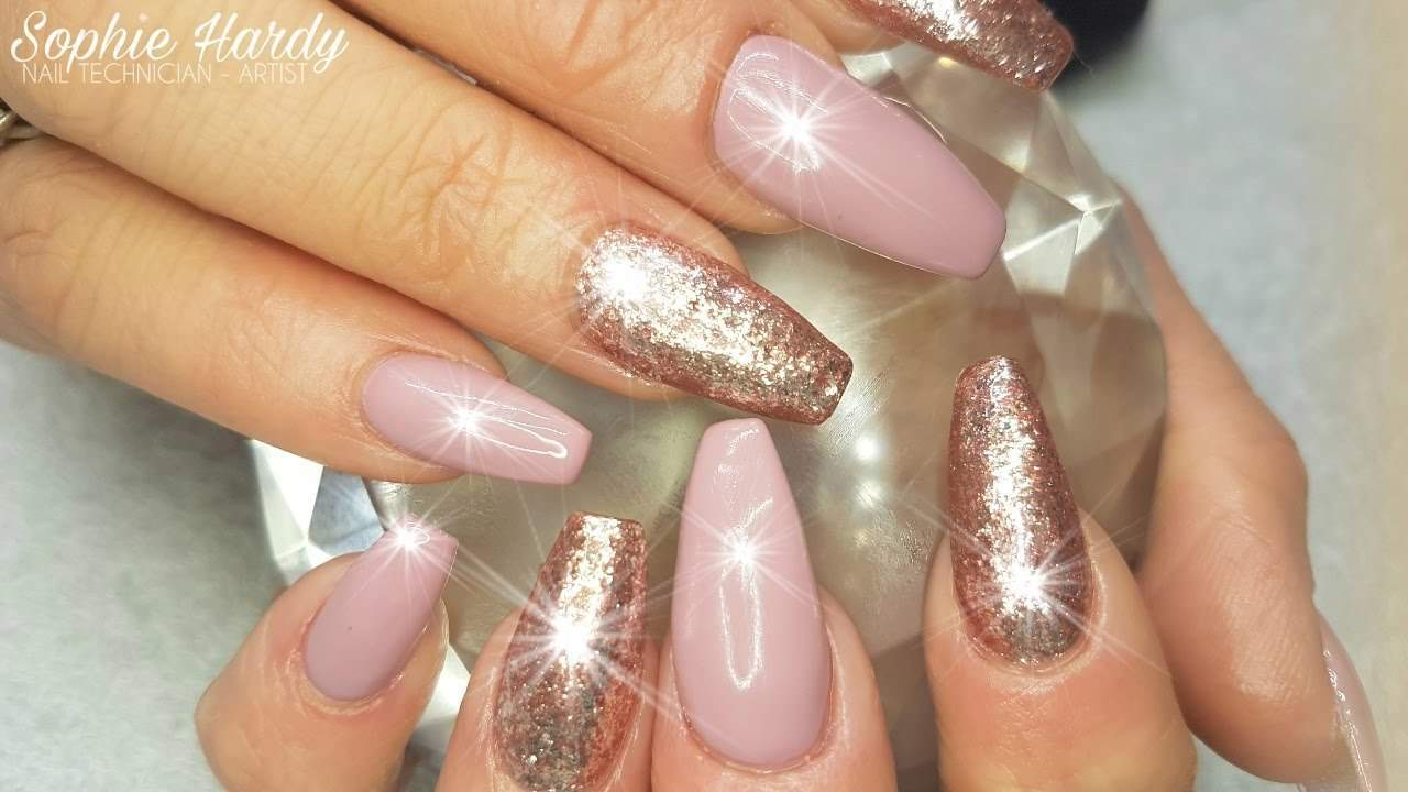 Base pink And rose gold nails - 20 Rose Gold Nail Designs For Every Princess Out There