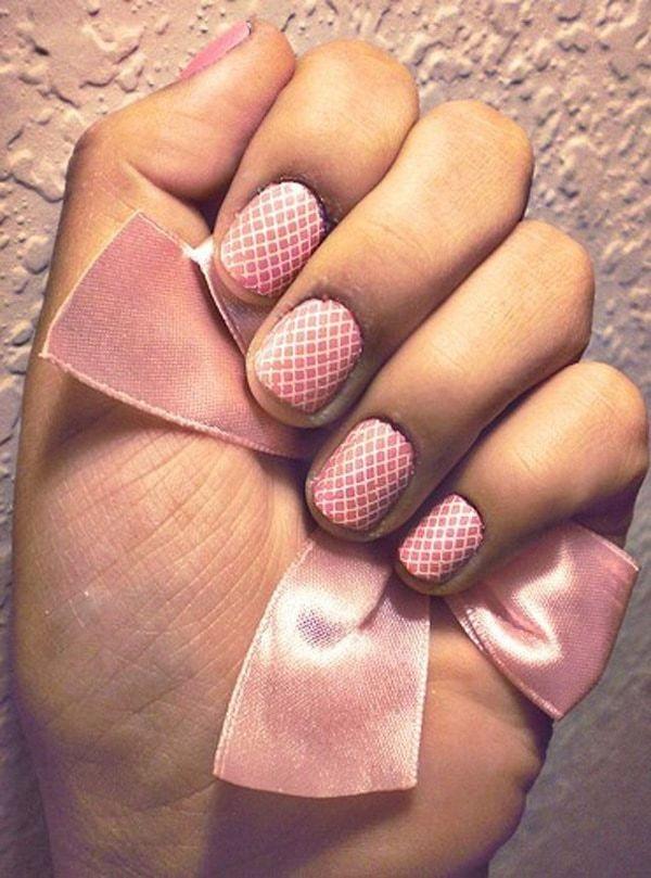 Short And Pink lace nail