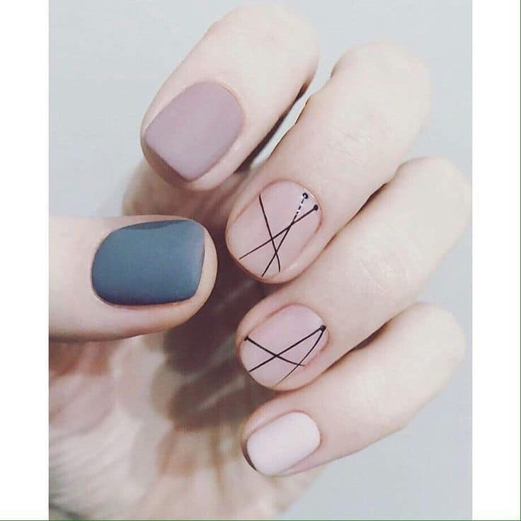 20 Alluring Line Nail Designs To Try – NailDesignCode