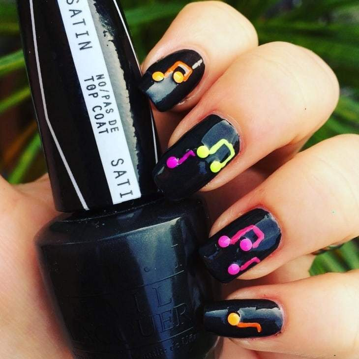 black color music note nail design