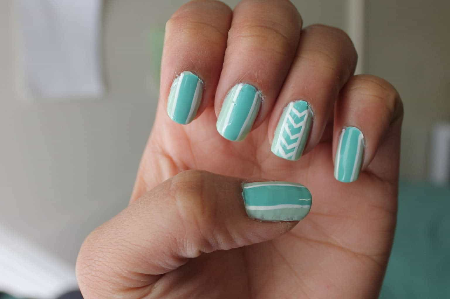 20 alluring line nail designs to try naildesigncode teal line nail design prinsesfo Choice Image