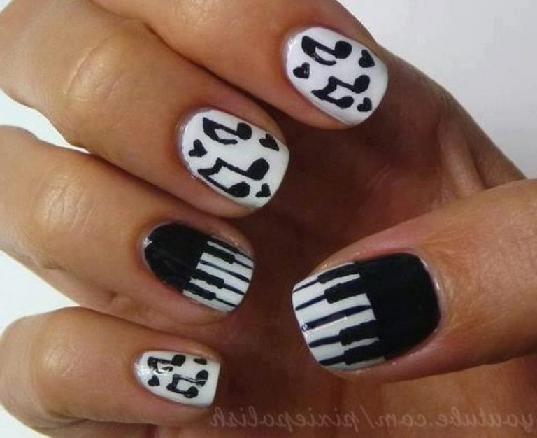 25 Coolest Music Note Nail Designs You'll Love