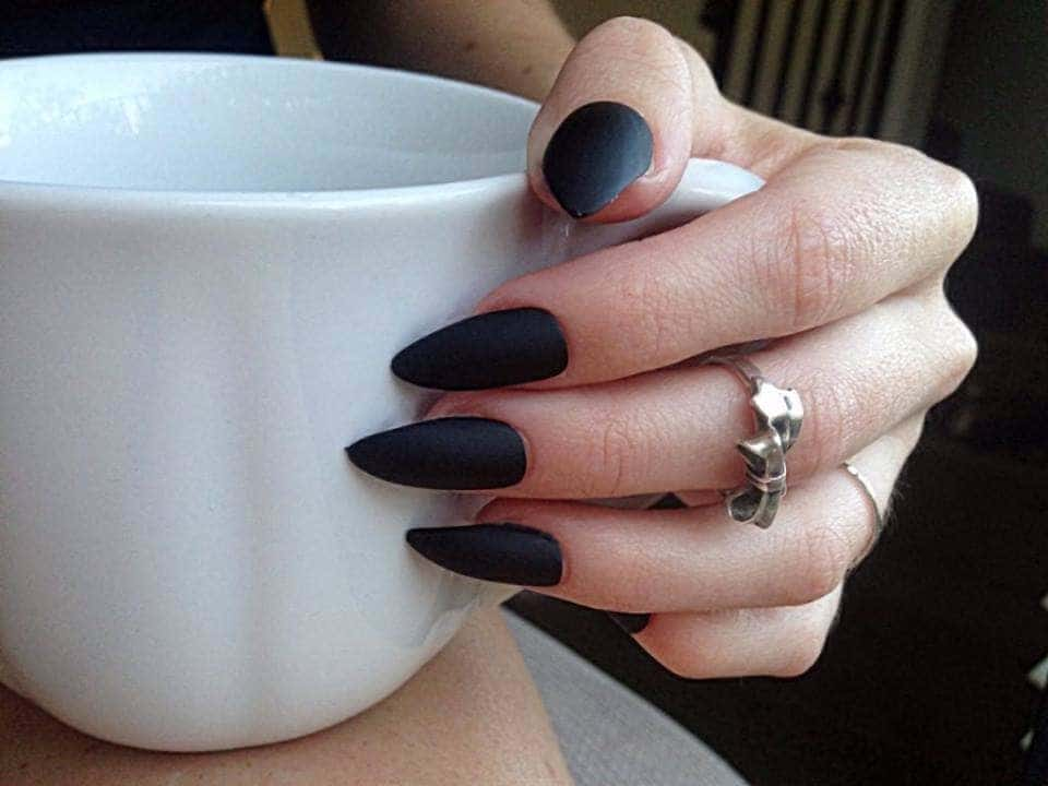 mate black nail design for girl