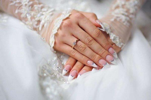 Royal Wedding Nail