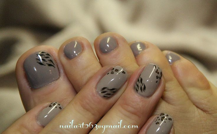 leopard Pedicure Nail Design