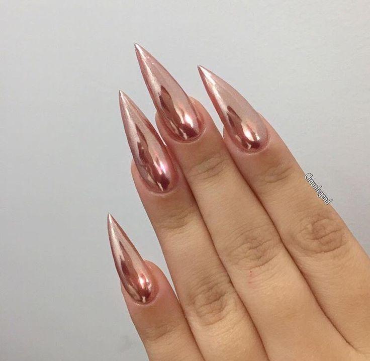 stiletto nail shape