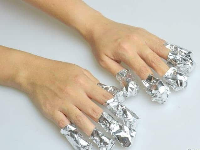 Wrapping Your Nail in Aluminum Foil