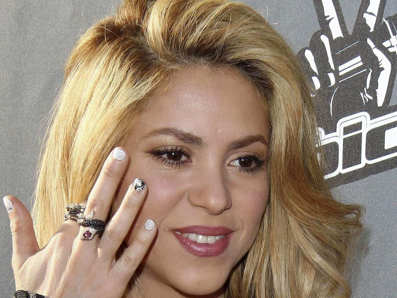Shakira best nail design idea