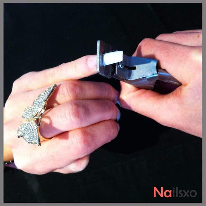 Cutting long nail