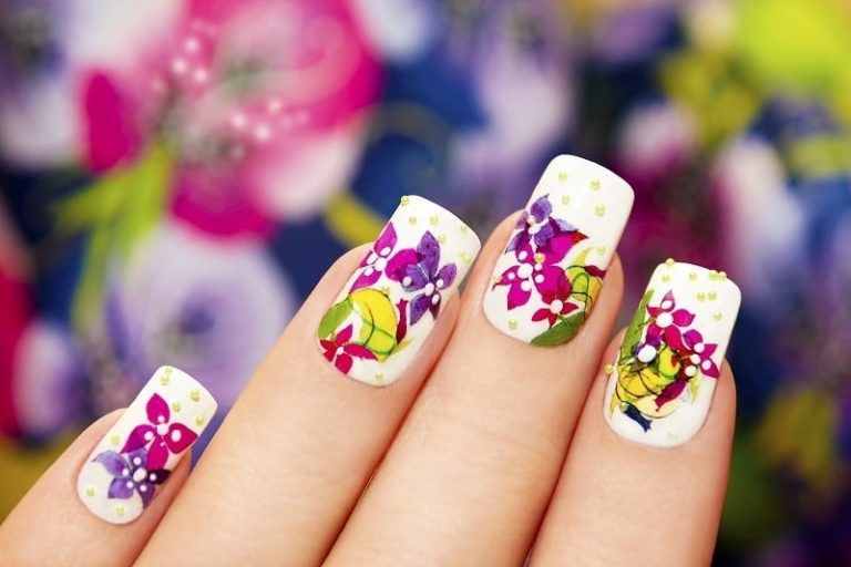 Learn To Do Acrylic Nails: 6 Simple Steps to Follow