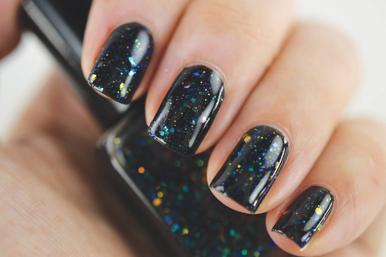 How To Do The Amazing Galaxy Nails: 10 Simple Steps