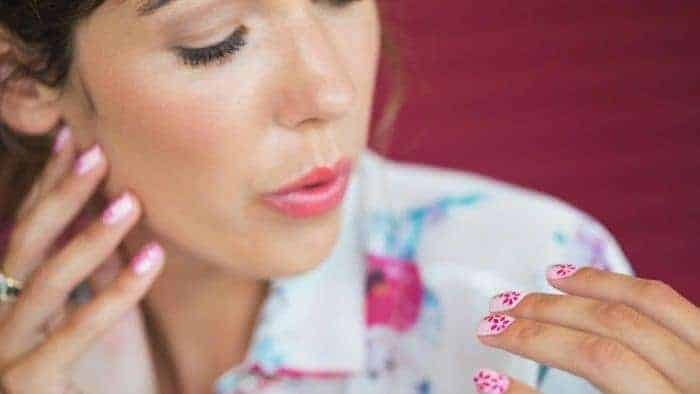 5 Golden Rules to Dry Your Nail Polish Fast & Durable