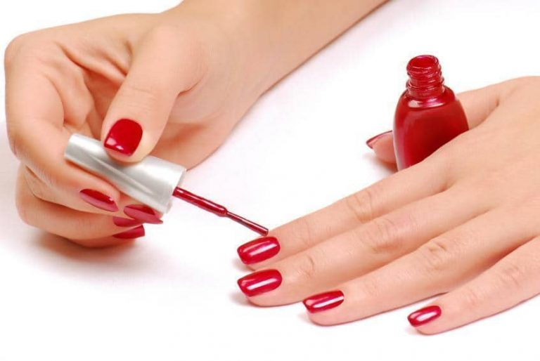 Proper Way To Paint Your Nails: Learn to Nail It