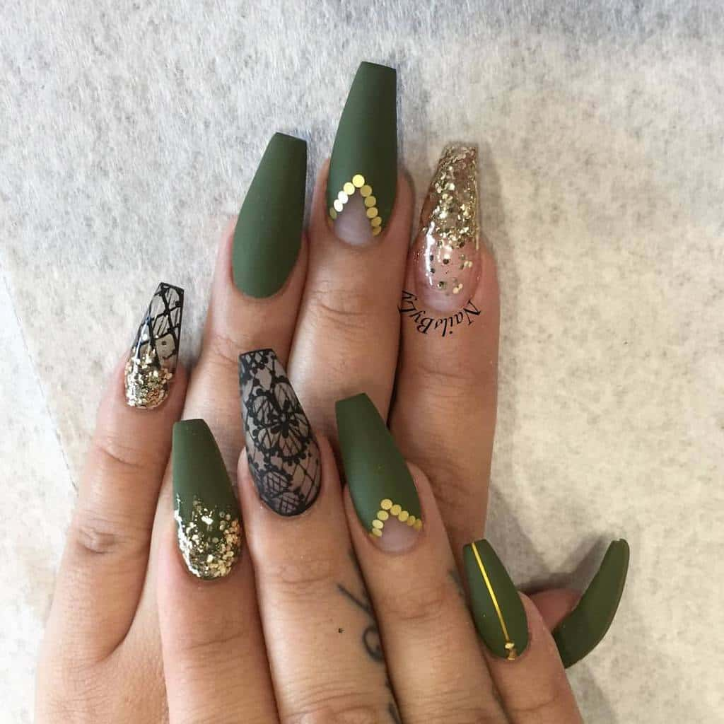 Gem with 3D Nail Art
