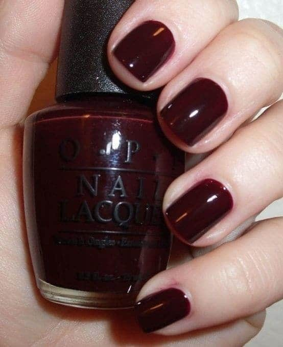 Maroon color nail idea