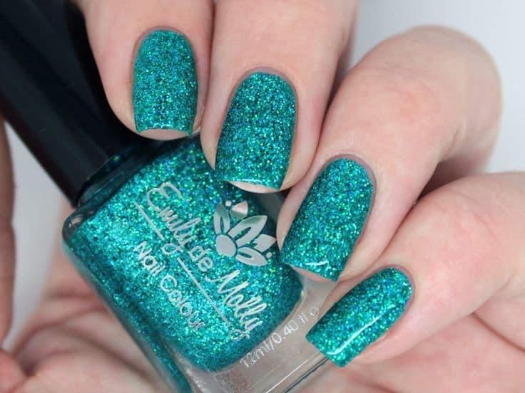 Micro-Shimmer nail polish