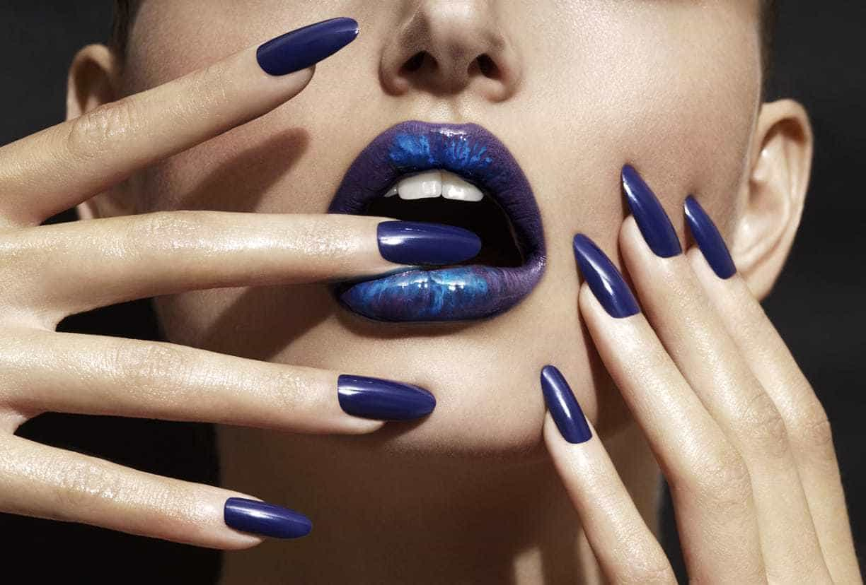 Royal Blue nail with blue lip gel