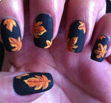 Halloween black nail art