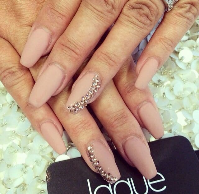 20 aristocratic bling nail designs for 2018 naildesigncode simple bling nails can look just as beautiful as all of the other extra spiced up nails these nails are a symbol of women who see what they like prinsesfo Image collections
