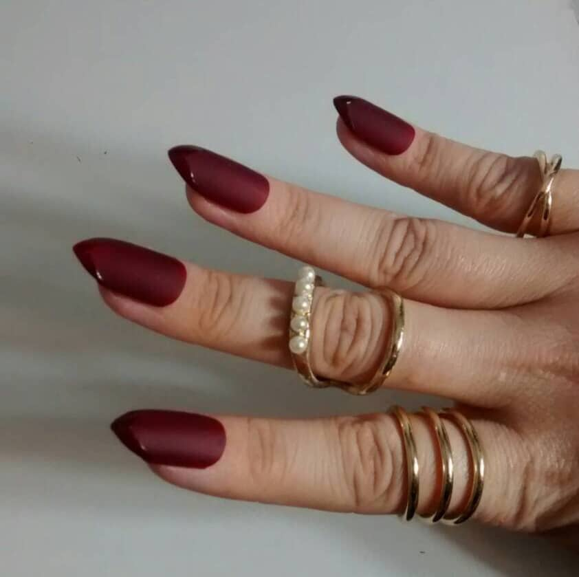 Sharp Edge Maroon Nails