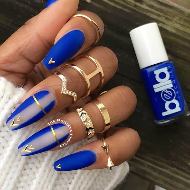 Attractive royal blue nail design - 20 Ravishing Royal Blue Nails To Fall In Love With