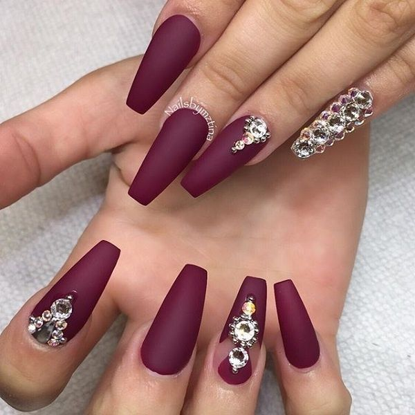 Bling Maroon and Gold Nail