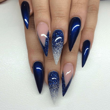 You are probably indecisive right now when it comes to these 20 royal blue  nails. And we can't blame you because so are we! Just make sure you have  your ... - 20 Ravishing Royal Blue Nails To Fall In Love With