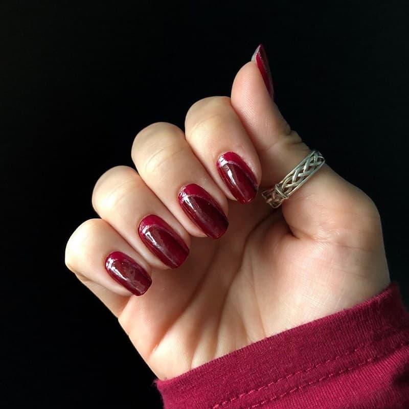 opi maroon nail polish