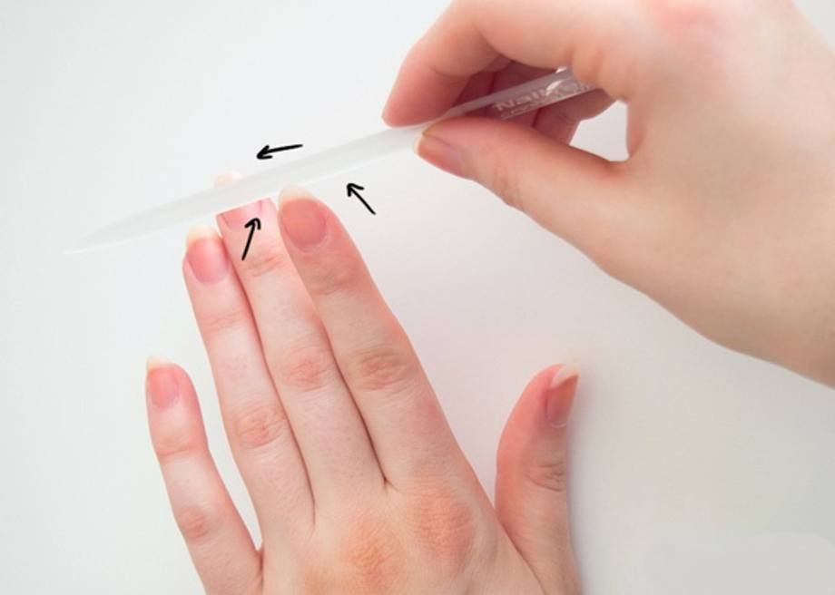 How to file nails